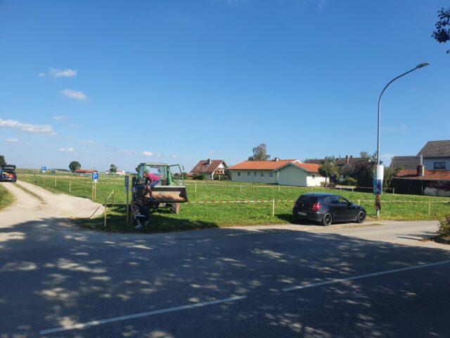 Neue Parkplätze am Sportplatz